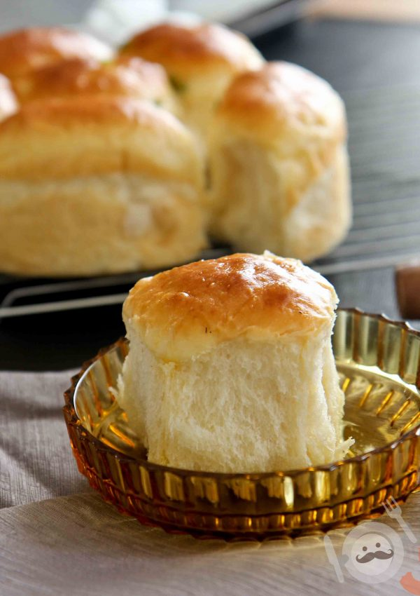 Soft Milk Bread Recipe (Tang Zhong Method)